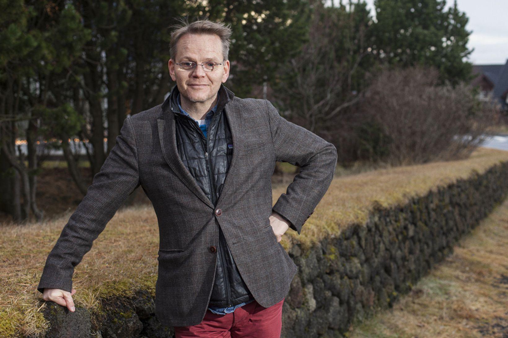 Gunnar Helgason rithöfundur og leikari.