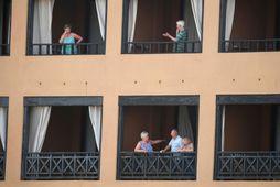 Sjö Íslendingar eru meðal eitt þúsund gesta hótelsins H10 Costa Adeje Palace á Tenerife sem …