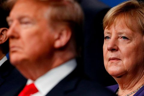 Angela Merkel Þýskalandskanslari hafði áður gefið út að hún gæti ekki þekkst fundarboð Bandaríkjaforseta vegna …