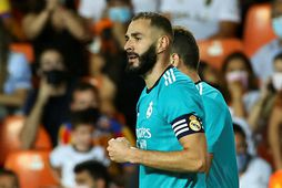Karim Benzema fagnar sigurmarkinu.