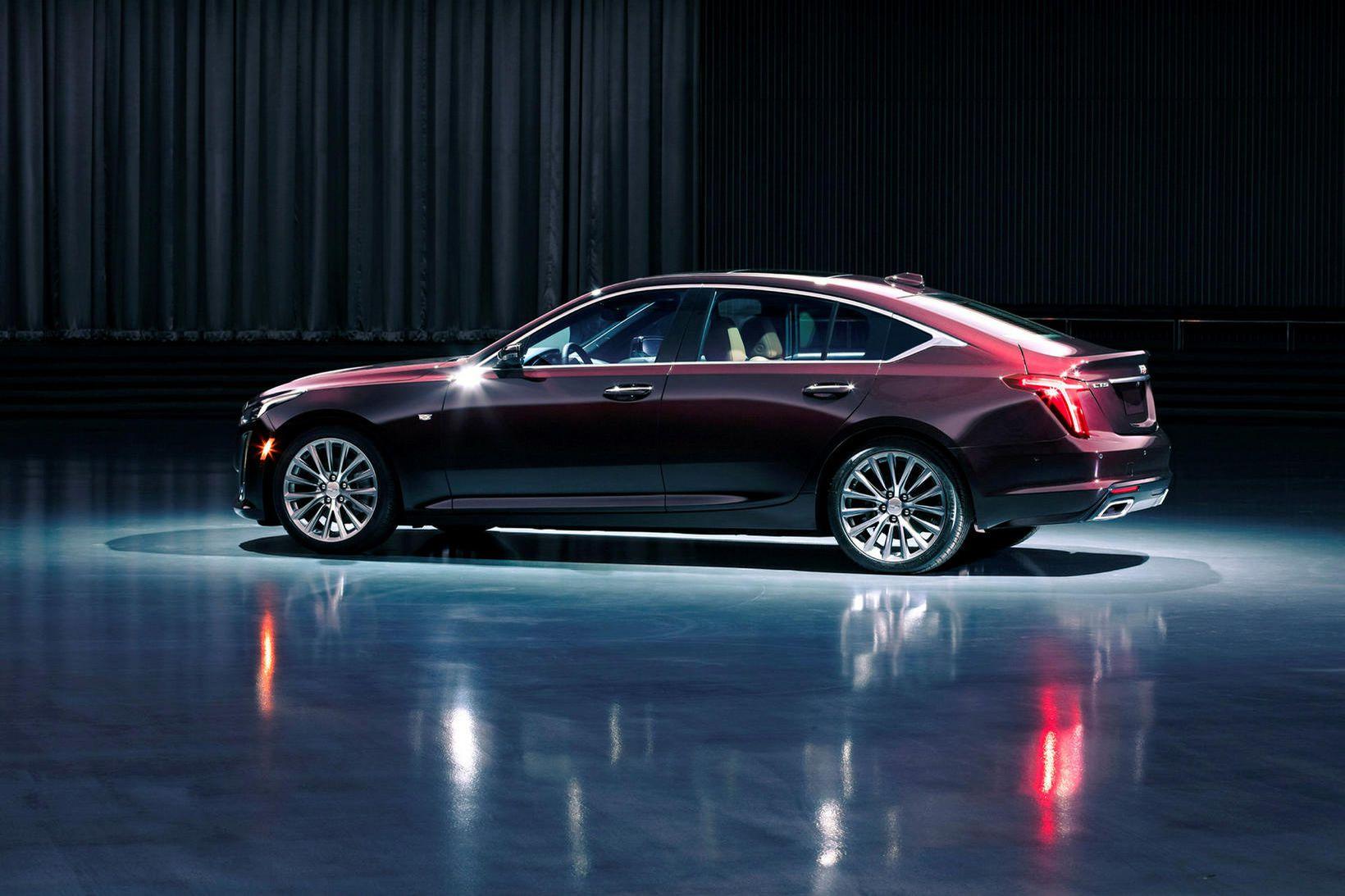 Cadillac CT5.