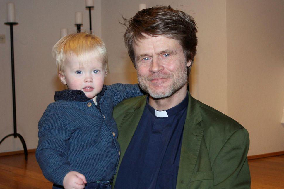 Davíð Þór Jónsson með Ægi syni sínum.