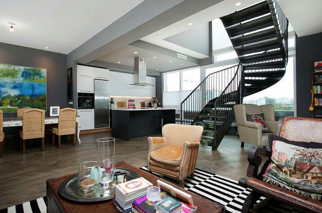 Svöl penthouse-íbúð við Mánatún