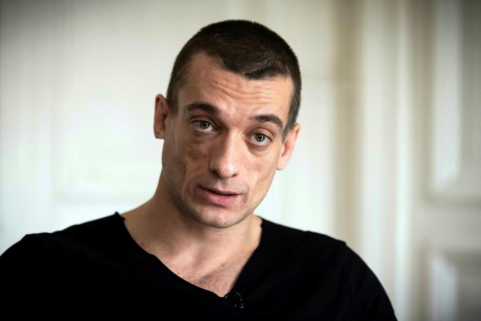 Petr Pavlensky segist hafa verið að afhjúpa hræsnara.