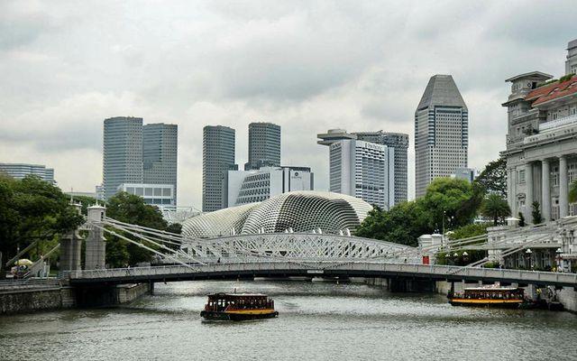 Singapore. Lítið er um glæpi í ríkinu og lögum er fylgt hart eftir.