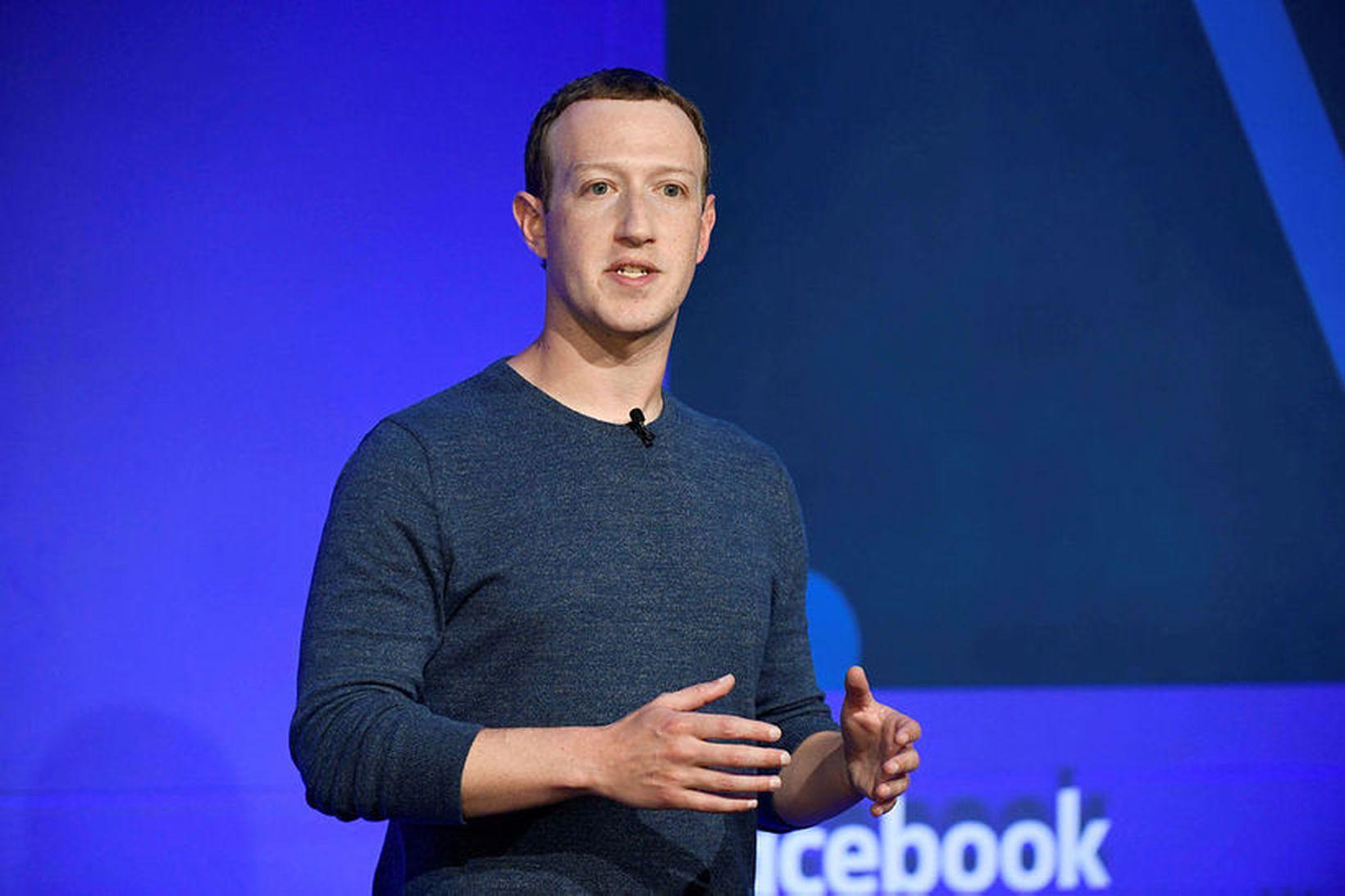 Mark Zuckerberg stofnandi Fecebook, er sagður vera hér á landi.
