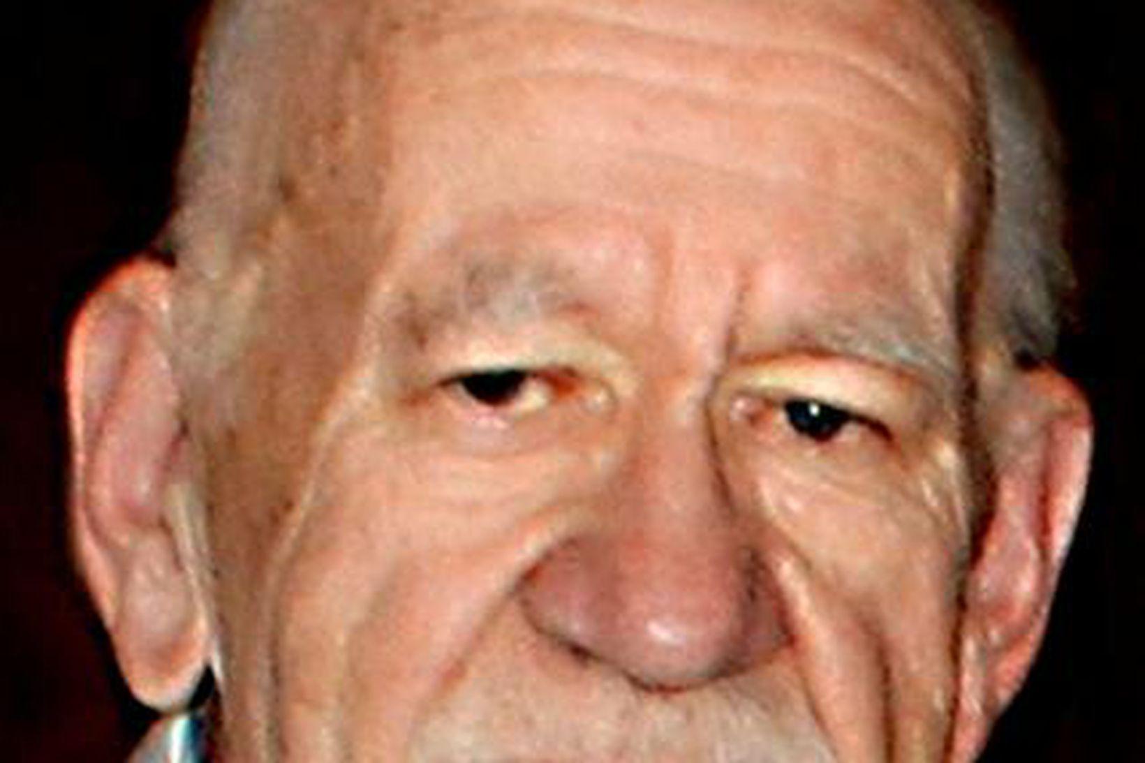 Einar Laxness.