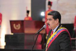 Nicolas Maduro, forseti Venesúela, segir samningaviðræður um stjórnmálaástandið í landinu ekki geta haldið áfram eftir …