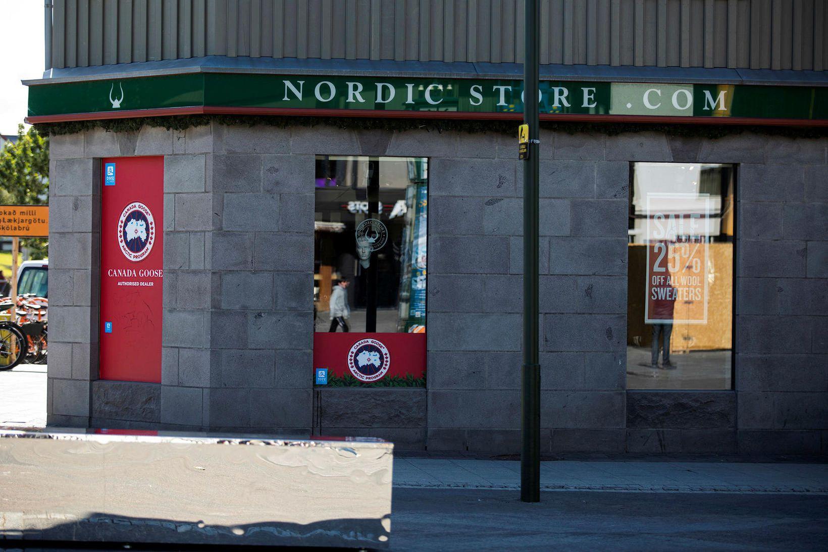 Áformað er að loka öllum verslunum Nordic Store.