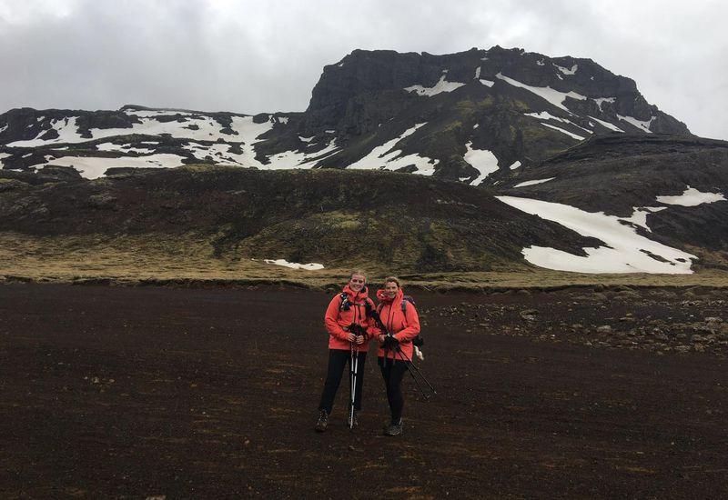 Þóra Dagný Stefánsdóttir and her mother, Iðunn Bragadóttir.