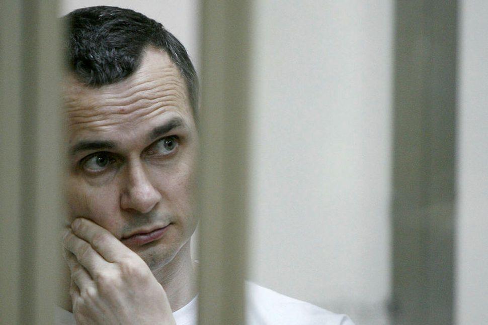 Úkraínski kvikmyndagerðarmaðurinn Oleg Sentsov var á meðal þeirra fanga sem ...