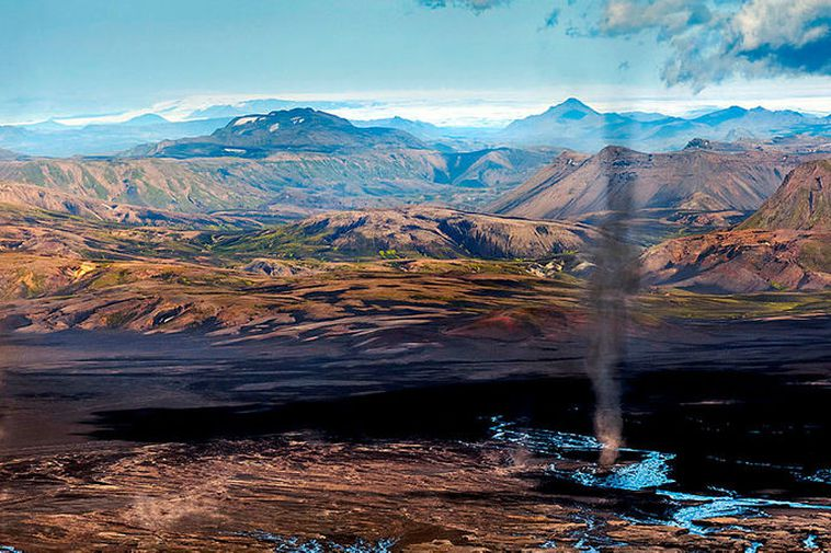The dust devils on the north side of Mýrdalsjökull glacier.