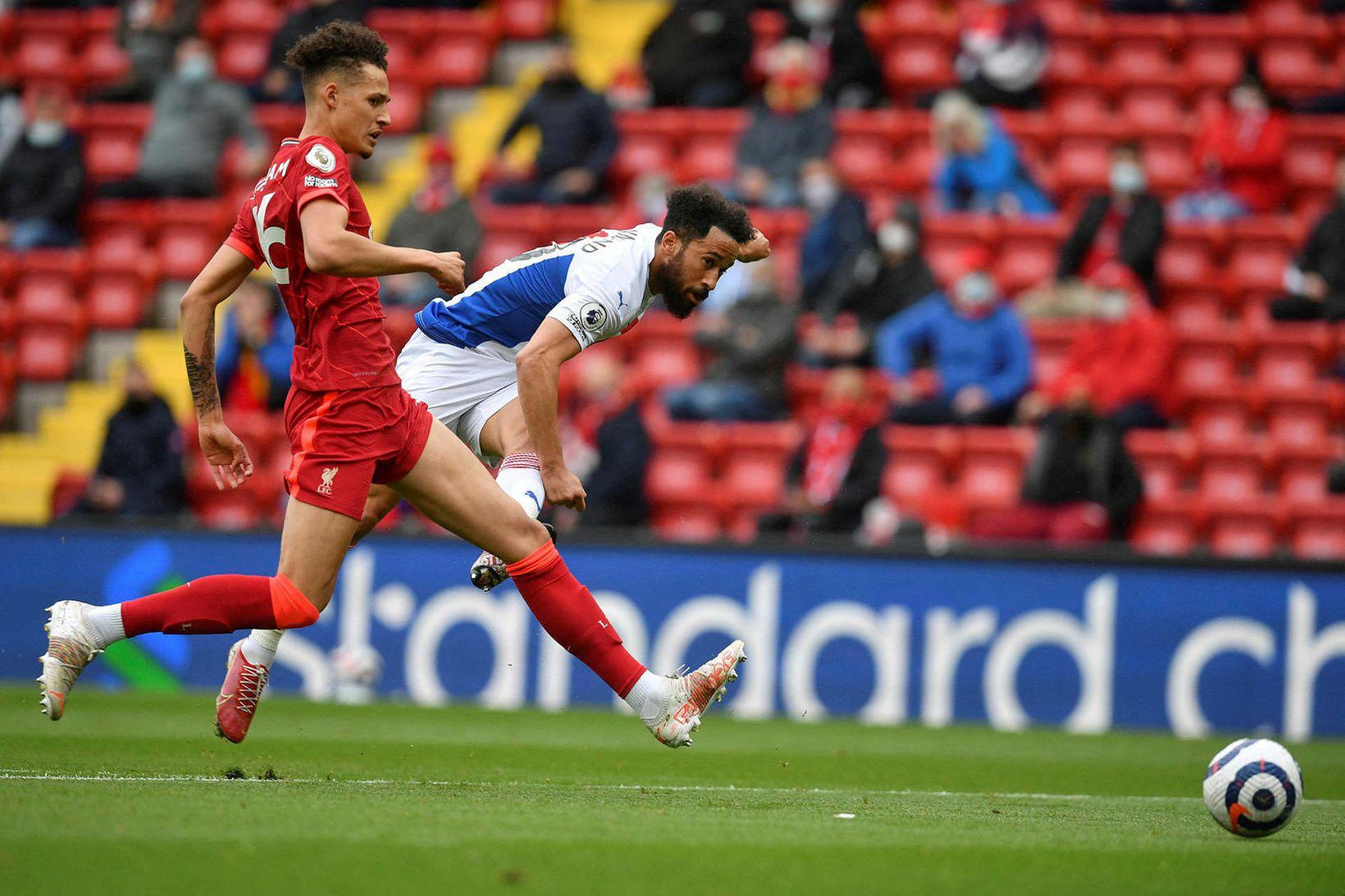 Androw Townsend í leik með Crystal Palace gegn Liverpool.