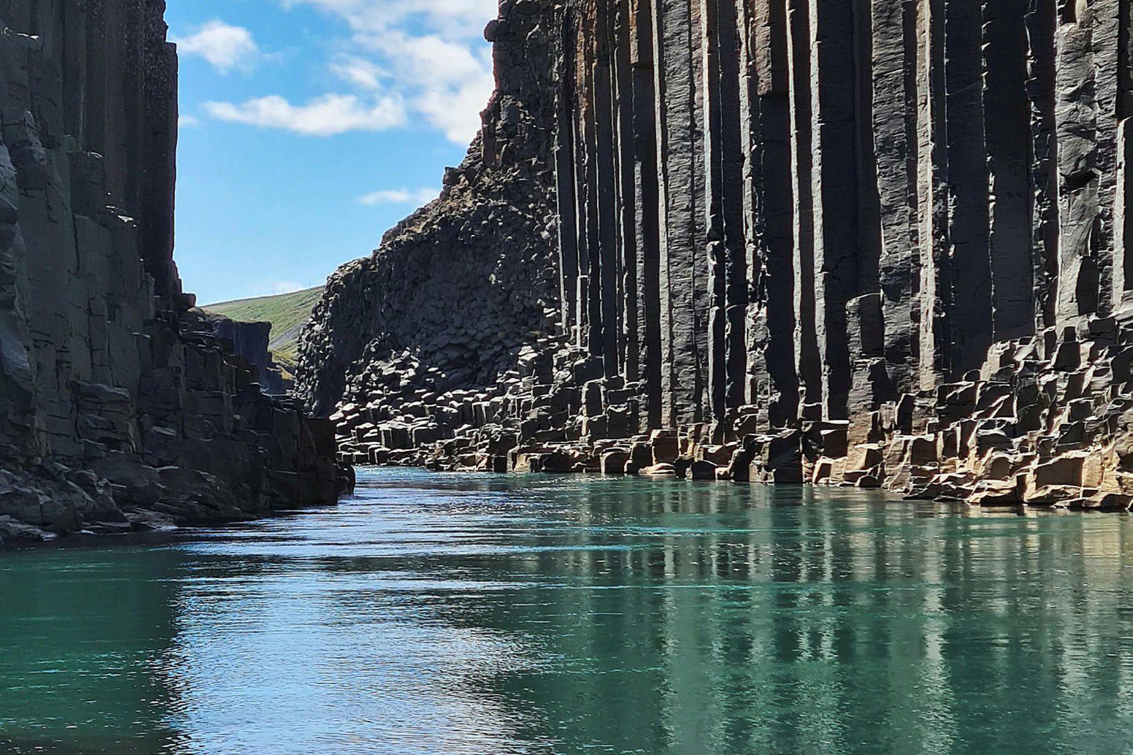 Stuðlagil er vinsælasti áfangastaðurinn um þessar mundir.