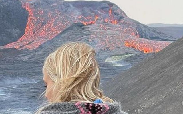 Sara Oskarsson fær innblástur af eldgosinu við Fagradalsfjall