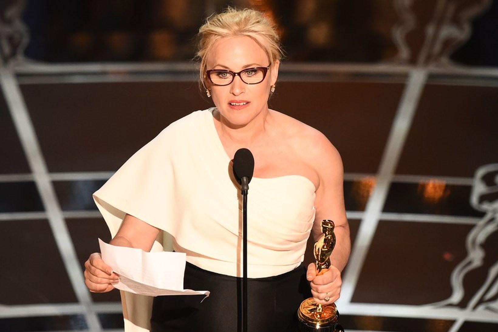 Patricia Arquette rifjar upp stefnumótin.