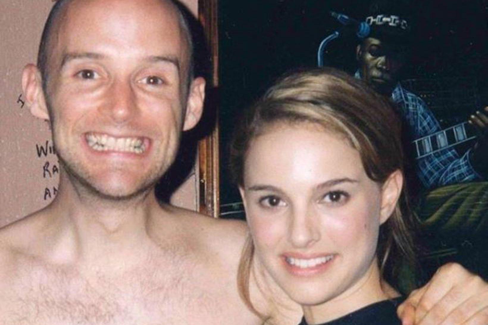 Moby birti þessa mynd af sér og Natalie Portman á …