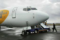 Farþegaþota Primera Air á Reykjavíkurflugvelli.