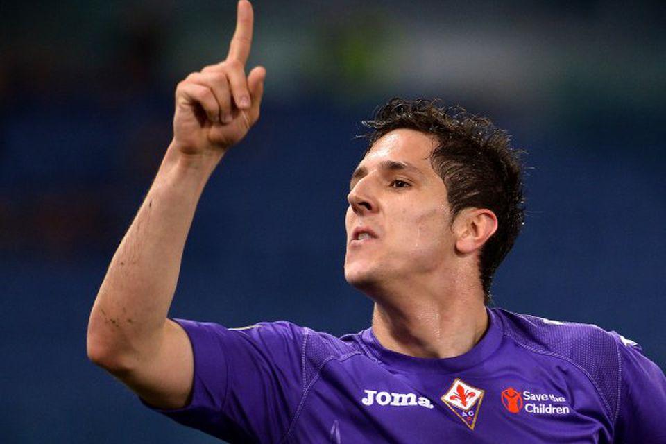 Manchester City keypti Stevan Jovetic, framherja frá Svartfjallalandi, af Fiorentina fyrir 22 milljónir punda.