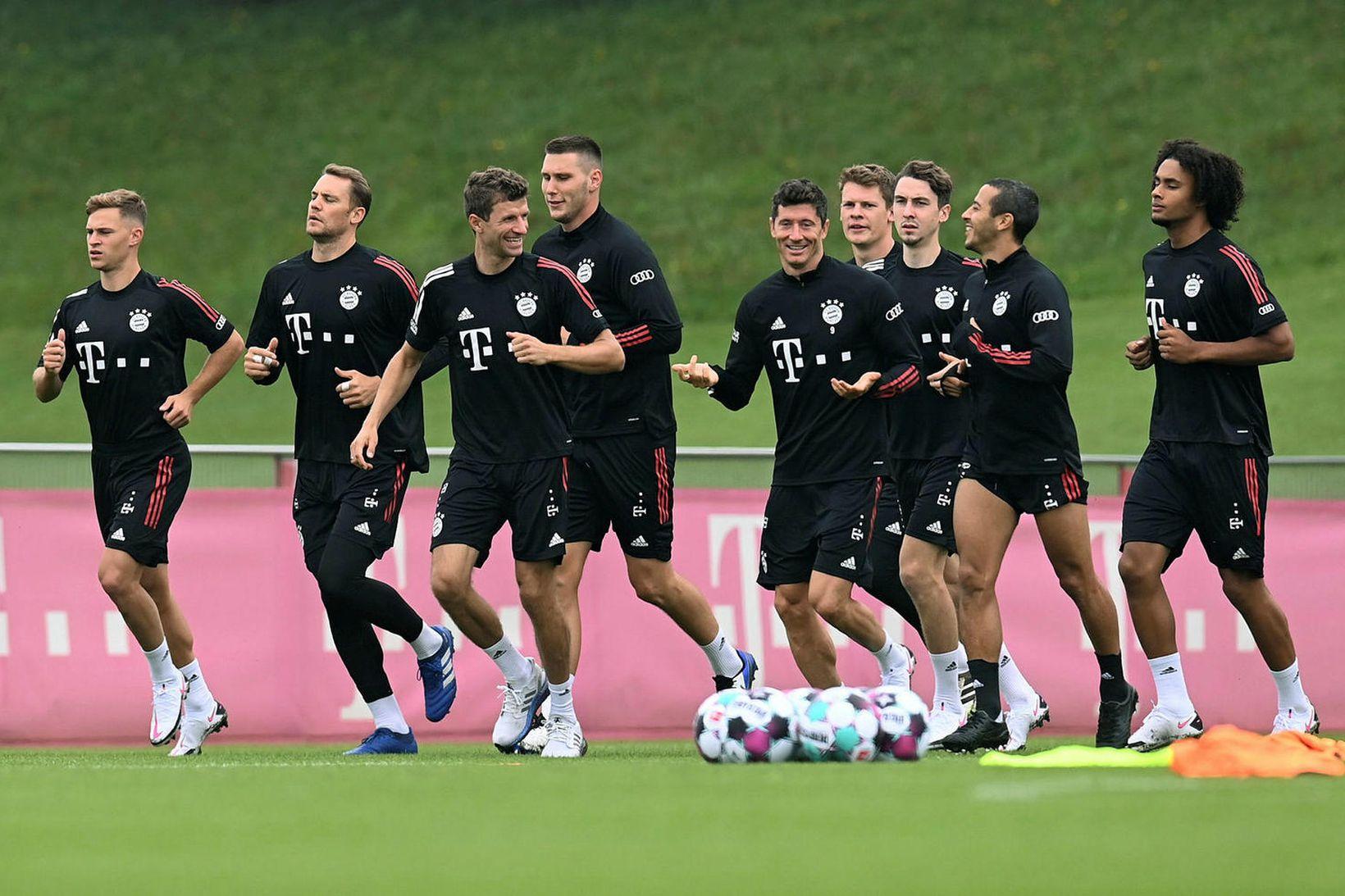 Þýskalandsmeistarar Bayern München hefja leik í þýsku 1. deildinni á …