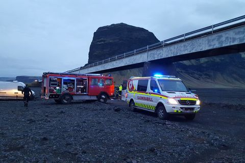 From the scene of the accident at Núpsvötn.