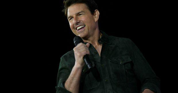 Tom Cruise leikur aðalhlutverkið í Mission: Impossible-myndunum auk þess sem hann sinnir framleiðsluhlutverki.