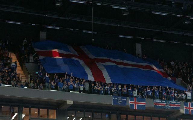 Íslenskir stuðningsmenn í Malmö. Þeir hafa verið áberandi og háværir.