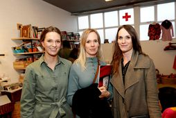 Systurnar Edda Gunnlaugsdóttir, Erla Gunnlaugsdóttir og Þórunn Gunnlaugsdóttir.