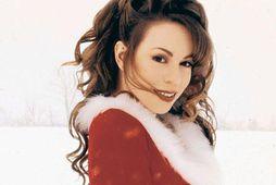 Mariah Carey syngur inn jólin ár hvert þar sem hún segist einungis vilja þig í ...