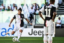 Cristiano Ronaldo skoraði glæsilegt mark beint úr aukaspyrnu.