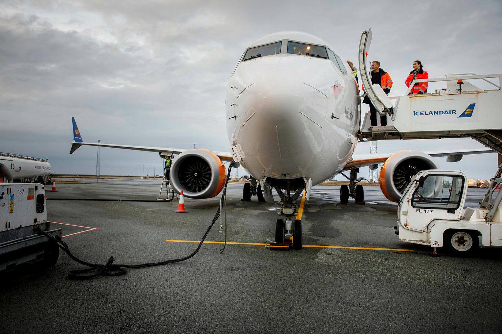 Icelandair var með sex 737 MAX-þotur í umferð hjá sér …
