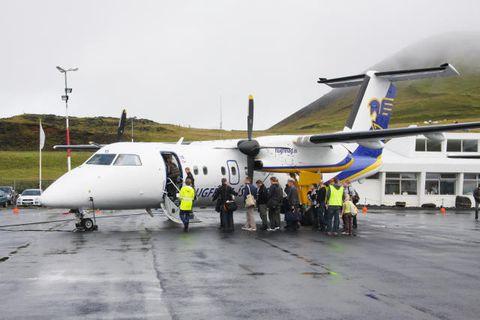 Frá Vestmannaeyjaflugvelli, þegar Flugfélag Íslands flaug enn þangað.