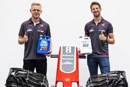Kevin Magnussen (t.v.) og Romain Grosjean keppa áfram fyrir Haas 2019.