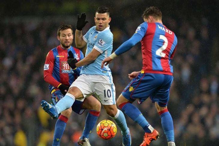 Sergio Agüero fór mikinn fyrir City gegn Palace í dag.