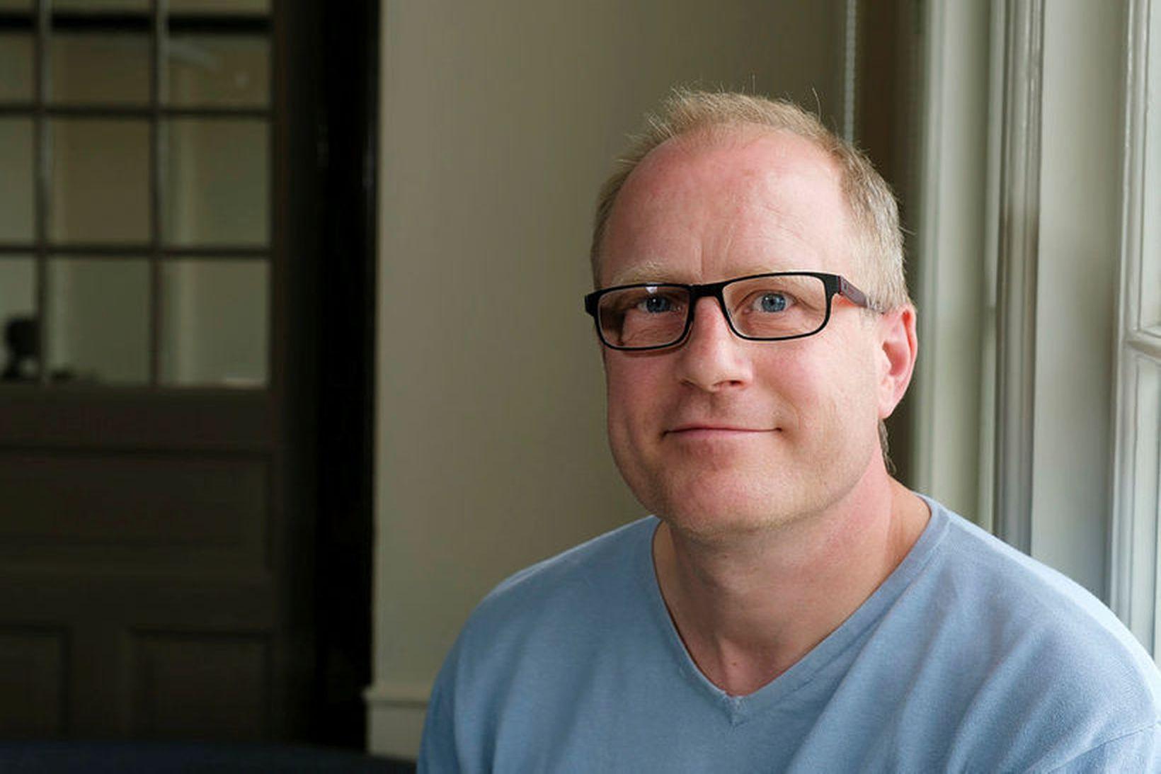 Tomas Højgaard, prófessor í stærðfræðikennslu og doktor í stærðfræði, var …