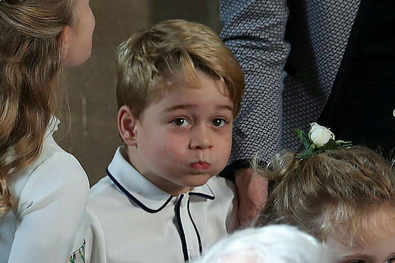 Georg prins er áhugasamur um þyrlur.