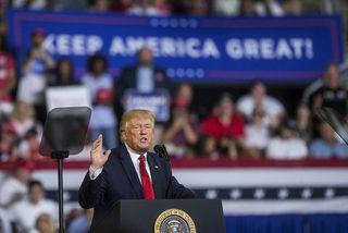 Donald Trump á fundinum í gær.