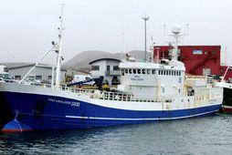 Tómas Þorvaldsson við bryggju í Grindavík. Óljóst er um framtíð skipsins.