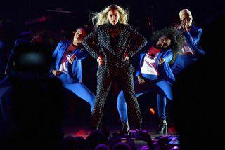 Drottningin Beyonce sveik ekki aðdáendur sína á árinu 2016 frekar en fyrri daginn.