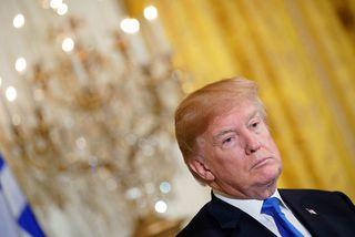 Donald Trump er ekki sáttur við frumvarpið í núverandi mynd.