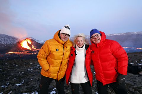 Jón Axel, Kristín and Ásgeir Páll are broadcasting live from the eruption site.