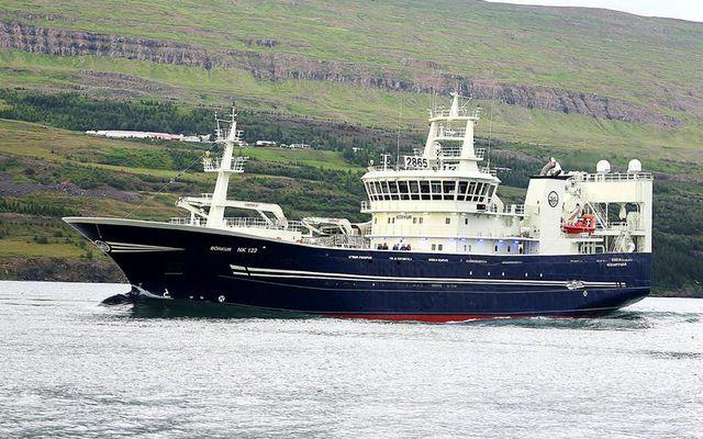 Börkur NK er á leið til Neskaupstaðara með 1.660 tonn af makríl úr Smugunni. Veiðin …