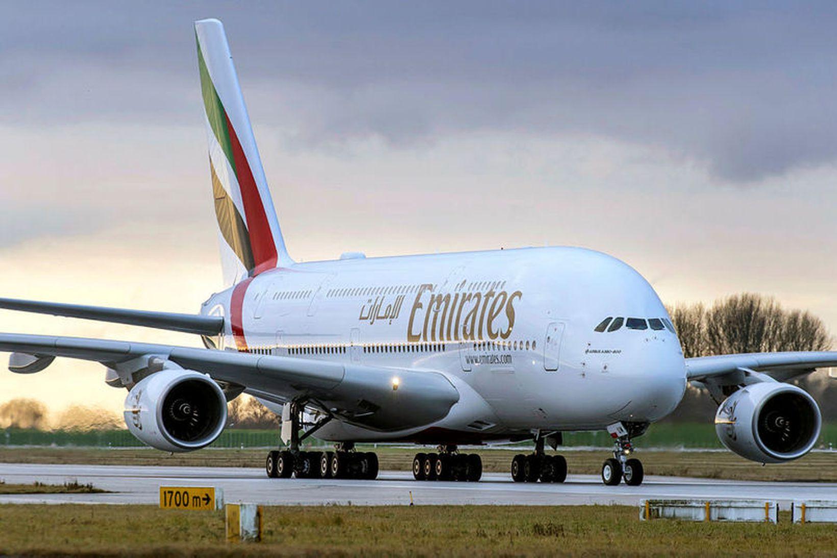 Airbus A380 þota. Í flota Emirates eru 111 risabreiðþotur úr …