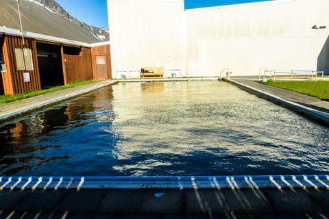 Lýsuhólslaug/Lýsulaugar - geothermal bath