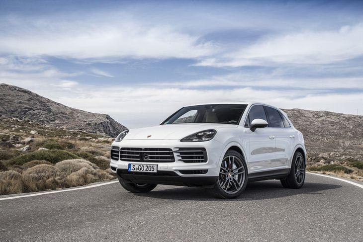 Porsche Cayenne hinn nýi er senn væntanlegur til Bílabúðar Benna sem fer með umboð fyrir ...