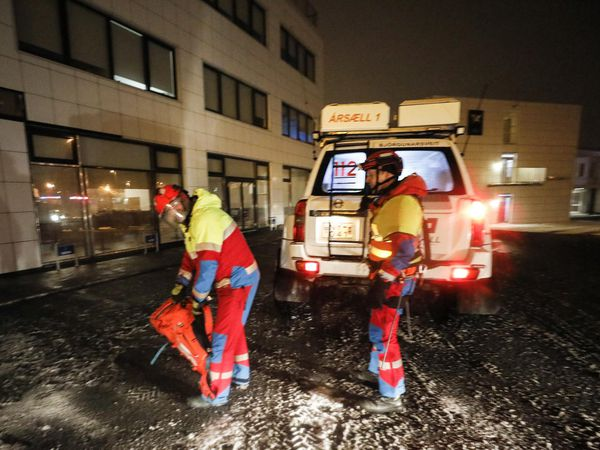 Rescue workers in Kópavogur, this morning.