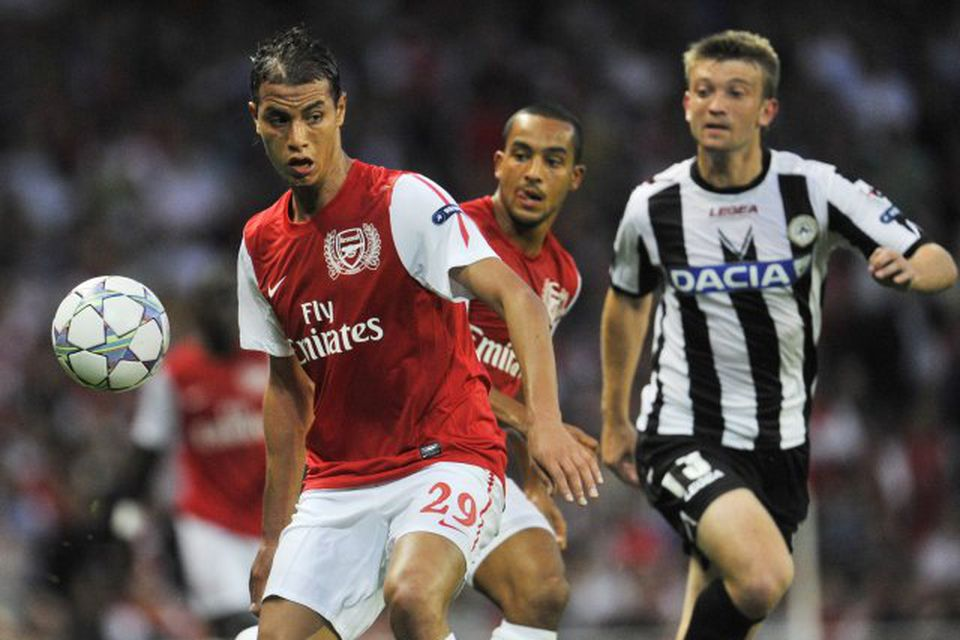 Marouane Chamakh er kominn til Crystal Palace frá Arsenal.