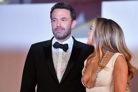 Ben Affleck og Jennifer Lopez eru ástfangin upp fyrir haus.