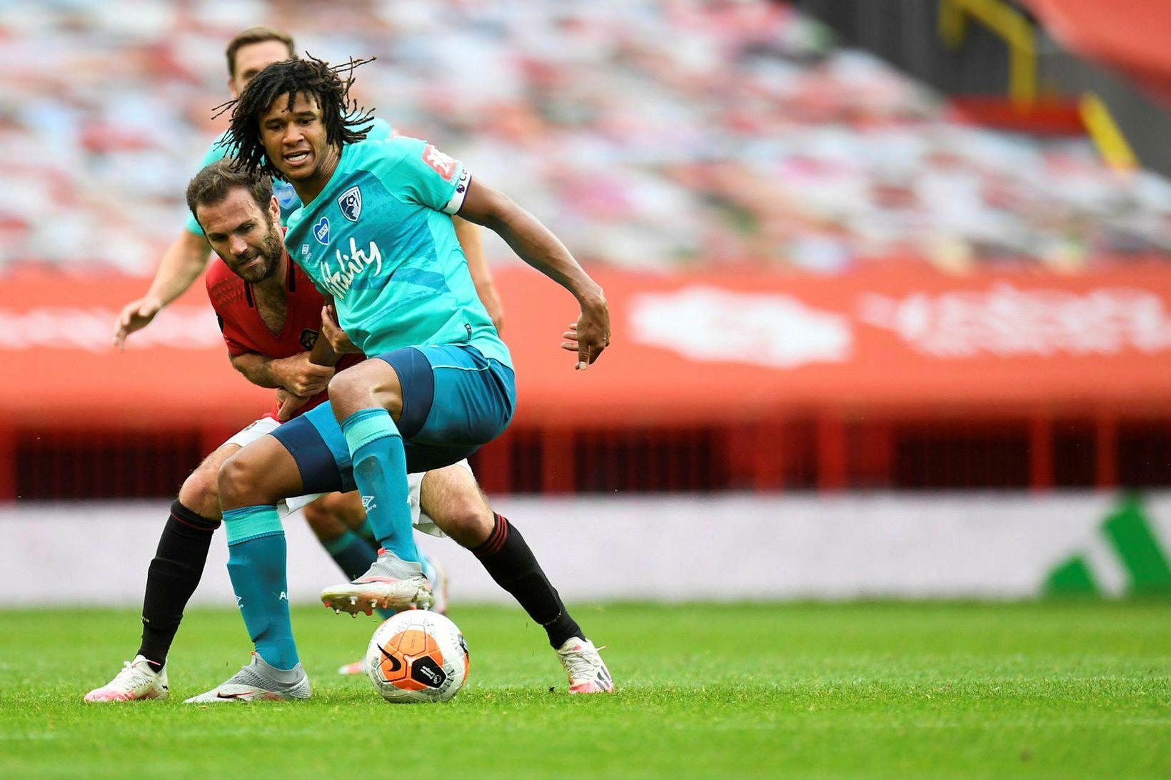 Nathan Aké er orðinn leikmaður Manchester City.