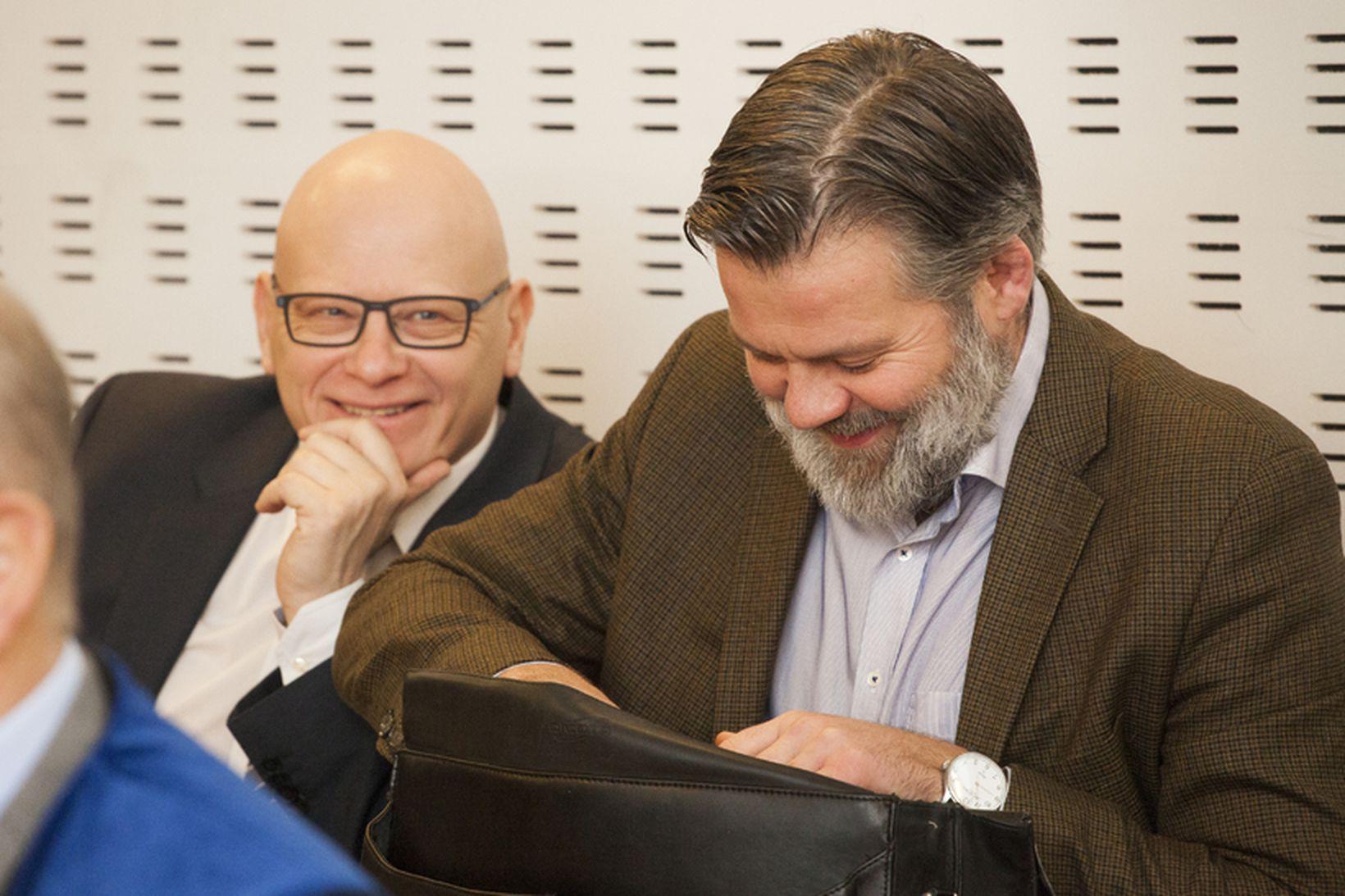 Karl Wernersson og Guðmundur Ólason í Héraðsdómi Reykjavíkur þegar sakamálið …